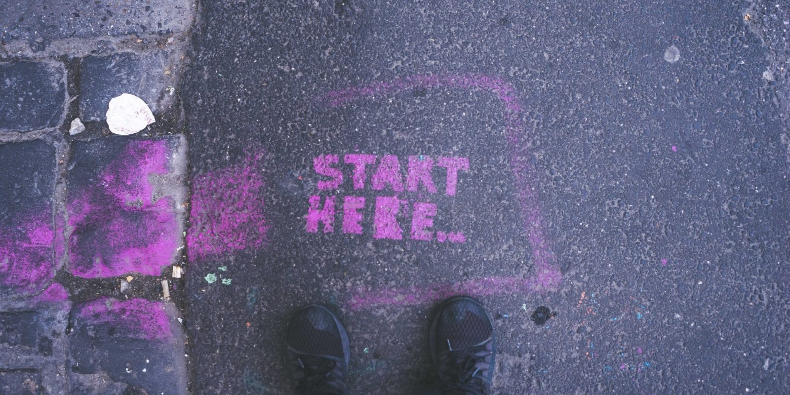 Pink Start Here text